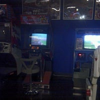 Photo taken at GAME VAMOS by Rina K. on 1/30/2012