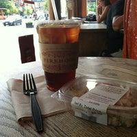 7/11/2012 tarihinde John W.ziyaretçi tarafından Firehook Bakery'de çekilen fotoğraf