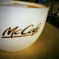 Photo taken at McDonald's & McCafé by Wiroon J. on 1/21/2012
