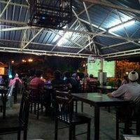 Photo taken at cengkih restoran & cafe by Lina H. on 5/19/2012