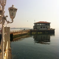 3/24/2012 tarihinde Ulku U.ziyaretçi tarafından Koço Meyhane'de çekilen fotoğraf