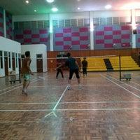 Photo taken at Dewan Besar Kompleks Rakan Muda,Besut by Norrul H. on 4/19/2012