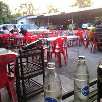 Photo taken at ร้านชัยโภชนา by THE JIRA S. on 12/31/2011