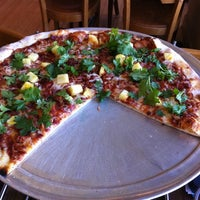 Photo taken at Proto's Pizza-North Boulder - Broadway by Kat M. on 8/16/2011