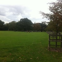 Photo taken at Peckham Rye Common by Barcelona Tapas on 9/18/2011