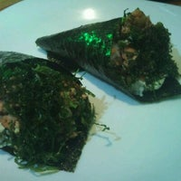 Photo taken at Kenddo Natural Sushi by Diego P. on 6/5/2012