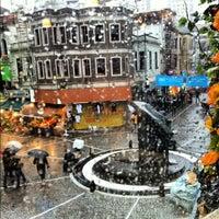 4/14/2012 tarihinde Önder O.ziyaretçi tarafından Elma Pub & Beercity'de çekilen fotoğraf