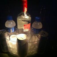 Foto tirada no(a) Club688 por Thales K. em 6/23/2012