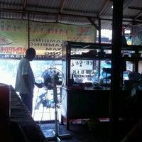 Photo taken at Warung Taretan Madura by Heris a. on 4/20/2012