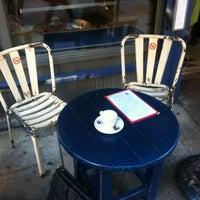 Das Foto wurde bei Café Gitane von Hadley H. am 9/13/2012 aufgenommen