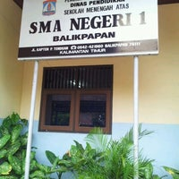 Photo taken at SMA Negeri 1 Balikpapan by I GD MAHENDRA E. on 10/28/2011