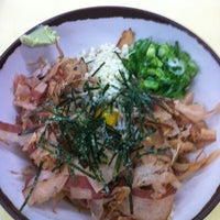 Photo taken at 千成うどん by Bass M. on 8/5/2012