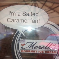 Photo taken at Morelli's Gourmet Ice Cream by Lindsay B. on 8/10/2012