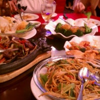 Photo taken at Golden Unicorn Restaurant 麒麟金閣 by Anthony K. on 5/11/2012