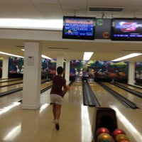 Photo taken at Park Bowling by Mauricio d. on 7/20/2012