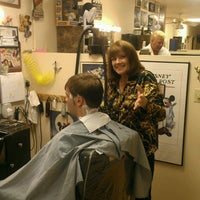 Photo taken at Hollywood Hair by Seth P. on 6/15/2012