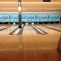 Photo taken at Park Tavern Bowling & Entertainment by David S. on 5/11/2012