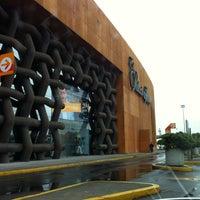 Foto tomada en Palacio de Hierro por Felo V. el 7/13/2012