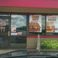 Photo taken at Hardee's by Leon L. on 9/9/2012