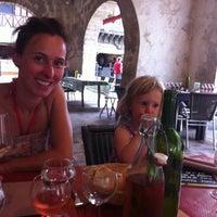 Photo prise au Loft Café par Timothy N. le7/27/2012