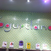 Photo taken at Yogurtland by Chandra R. on 3/11/2012