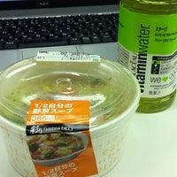 Photo taken at FamilyMart by まさ・なち リ. on 4/9/2012