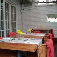 Foto scattata a Quinoa Restaurante da Paolo P. il 4/28/2012