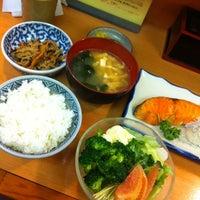 Photo taken at 丸長 by Yasushi T. on 5/22/2012