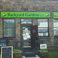 Photo taken at Backyard Gardens Lincoln Street Market by Page D. on 6/19/2012