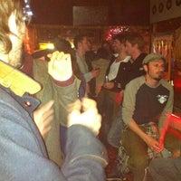 Foto tomada en Kentucky Bar por Raúl M. el 4/8/2012