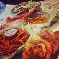 Photo taken at The Boiling Crab by Diana 키안아 N. on 6/19/2012