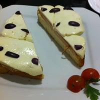 Photo prise au Nostro Caffé par Ly Y. le7/26/2012