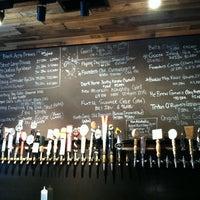 Das Foto wurde bei Black Acre Brewing Co. von Bobby C. am 6/30/2012 aufgenommen