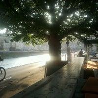 Das Foto wurde bei Monkeys cafe.bar von Gabriele P. am 8/22/2012 aufgenommen