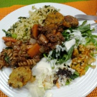Photo taken at Mãe Natureza - Restaurante Vegetariano by Wagner T. on 6/5/2012