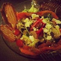Das Foto wurde bei Toasteria Cafe von christine am 7/6/2012 aufgenommen