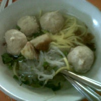Photo taken at Bakso Urip by Risna D. on 6/8/2012