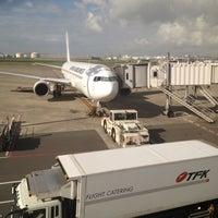 Photo taken at Gate 11 by Yoshiyuki U. on 7/31/2012