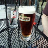 Photo taken at JJ Mahoney's Irish Pub by Lilibeth L. on 8/4/2012