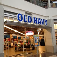 Photo taken at Old Navy by Sher Z. on 8/16/2012