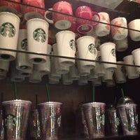 5/5/2012 tarihinde Bianca M.ziyaretçi tarafından Starbucks'de çekilen fotoğraf