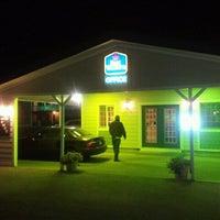 Photo taken at Best Western Golden Prairie Inn by Jeffrey P. on 9/11/2011