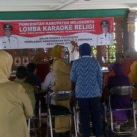 Photo taken at Pendopo Kabupaten Mojokerto by eko d. on 8/6/2012