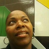 Das Foto wurde bei I.S 292 von loving my life M. am 4/16/2012 aufgenommen