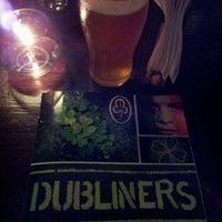 Foto tomada en Dubliners por Natasha N. el 11/17/2011