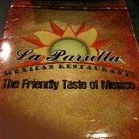 Photo prise au La Parrilla Mexican Restaurant par PJ T. le7/21/2011