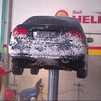 Photo taken at Pilar Tidar Car Wash by amec c. on 8/4/2012