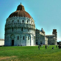Photo taken at Piazza del Duomo (Piazza dei Miracoli) by Francesco B. on 9/13/2011