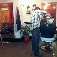 Das Foto wurde bei The Cutting Room von Rue am 1/20/2012 aufgenommen