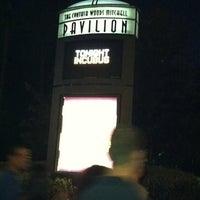 Foto tirada no(a) Cynthia Woods Mitchell Pavilion por Traci B. em 10/1/2011